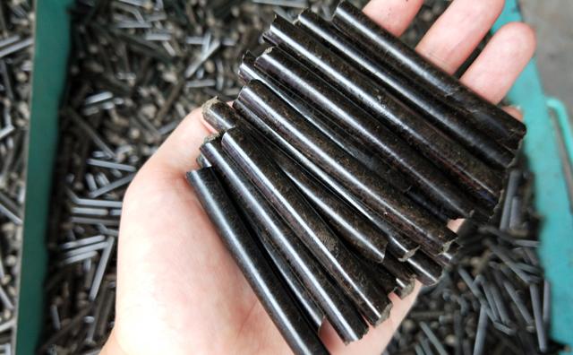 秸秆燃料颗粒机加工的茶叶梗生物质燃料