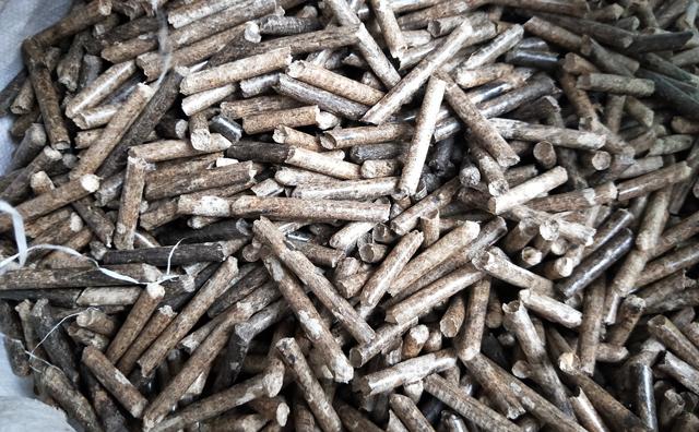 颗粒机制作的木屑颗粒