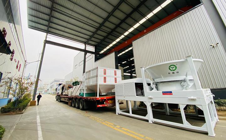 秸秆颗粒机生产线装车完成,即将发往四川凉山